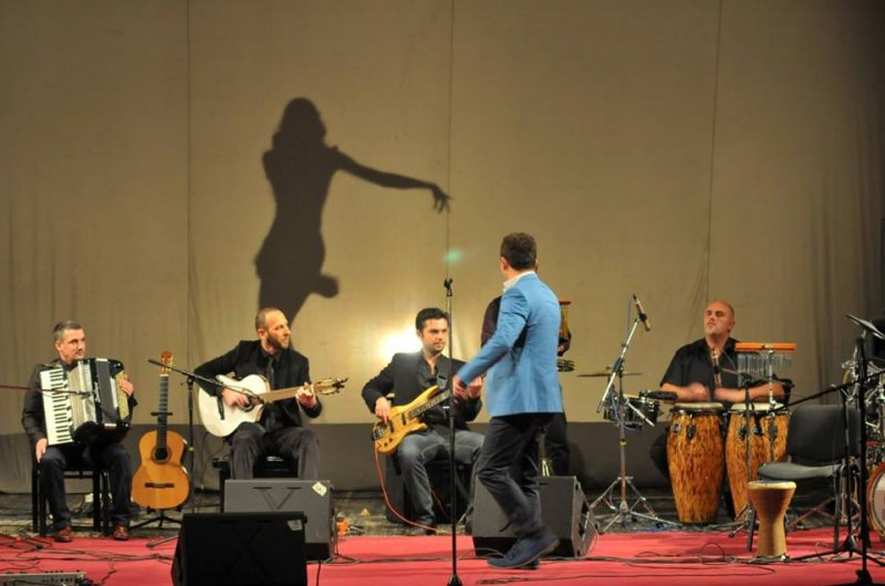 concert-latin-music-features-in-balkan-latino-band5