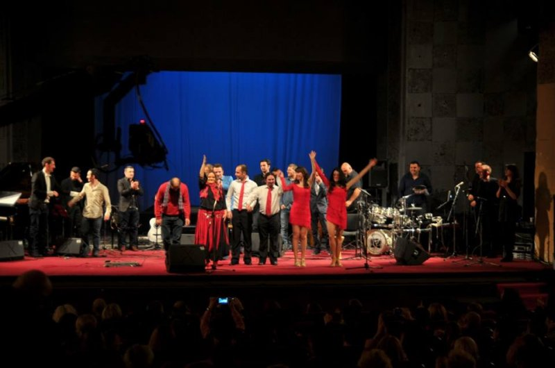 concert-latin-music-features-in-balkan-latino-band11