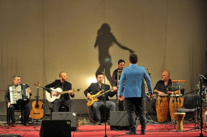 concert-latin-music-features-in-balkan-latino-band4